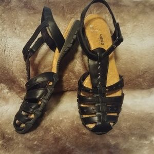 Skechers Leather Sandals 6